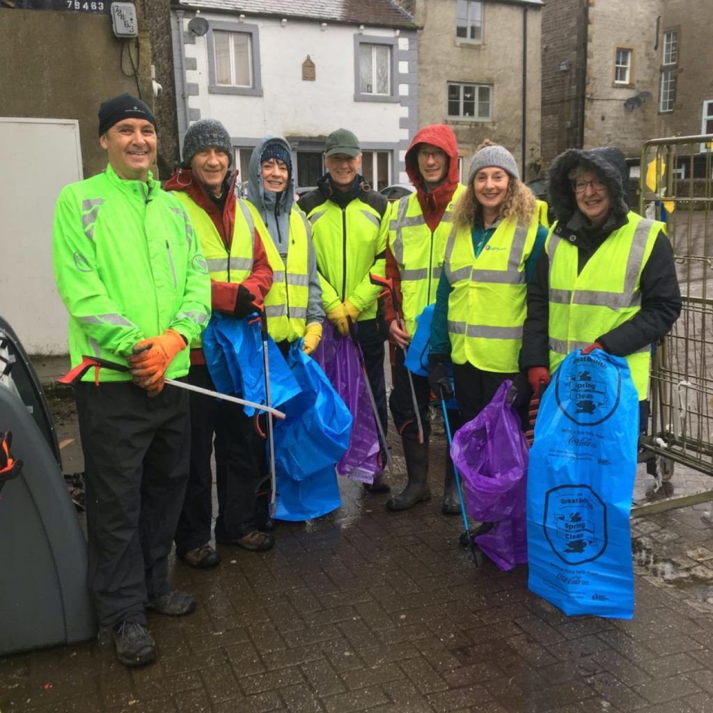 Join our Litter picking team