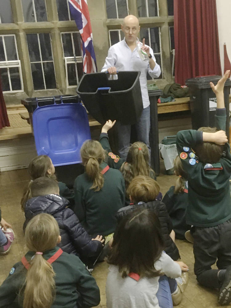 Talking rubbish with Tideswell Cubs